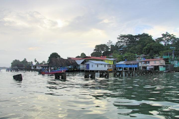 Les petites maisons colorées de Bocas del Toro