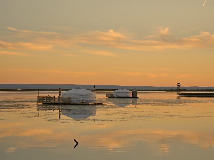Une nuit dans une yourte flottante à Carleton-sur-Mer