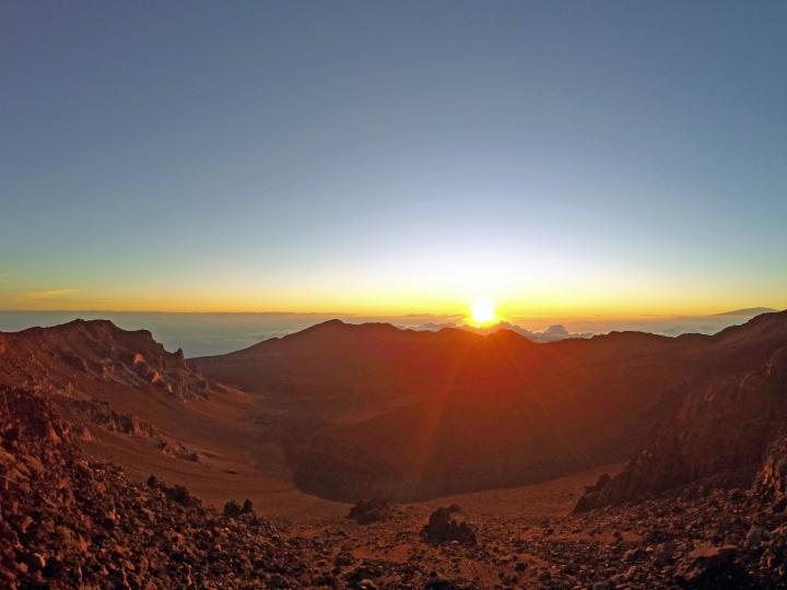 Regarder le soleil se lever au sommet du volcanHaleakala