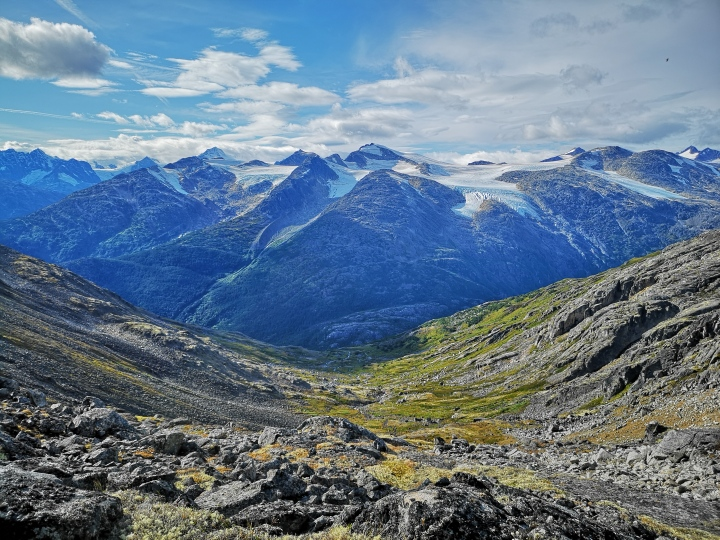 Un nouveau guide de voyage sur le Yukon etl'Alaska!
